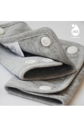 Нагрудник с накладками для эрго-рюкзака ERGO BABY FOUR POSITION 360 TEETHING PAD AND BIB Natural